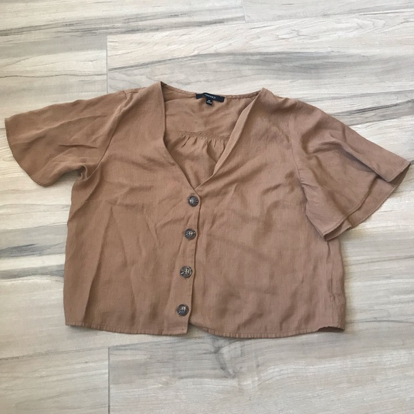 Forever 21 Tops - Cropped Button Up Shirt